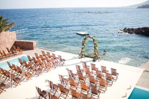 1 Photo présentation seaside wedding ceremony cannes southoffrance